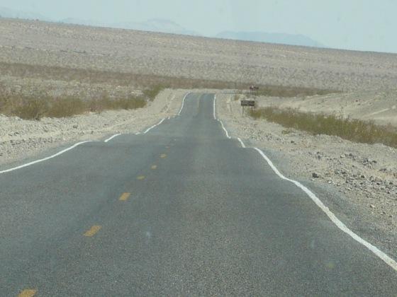 Carretera en el Death Valley, USA