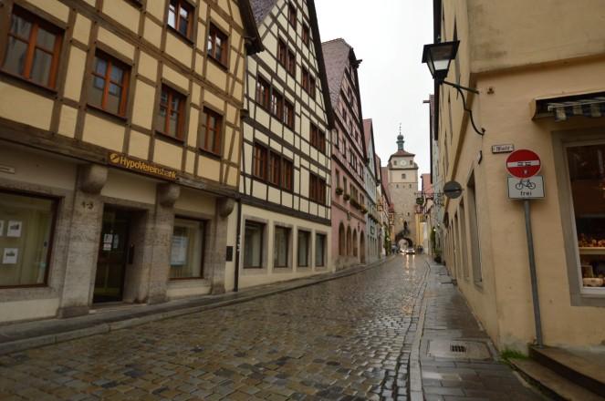 """Pierdete entre las calles de Rothenburg, es como viajar en el tiempo. Por cierto, """"Bicis Frei"""""""